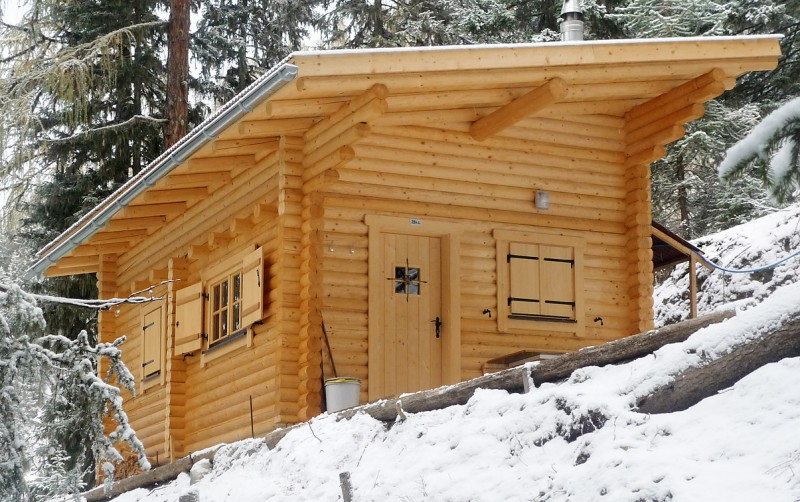 Constructii De Cabane De Vanatoare Din Lemn Masiv Pt Agrement