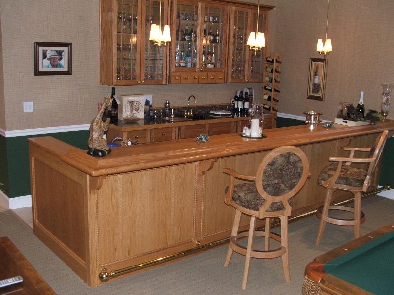 tejghea si mobilier bar confectionat din lemn masiv de stejar. Black Bedroom Furniture Sets. Home Design Ideas