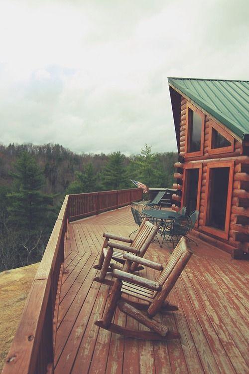 Constructii terase lemn pt gradina si terasa suspendata balcon for Modele de balcon din lemn